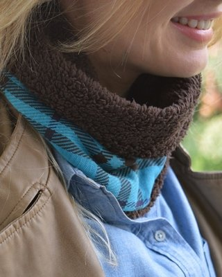 Thermal neck warmer double-sided plaid and plush-La casa jaguar - Currucutú|Accesorios latinoamericanos hechos a mano