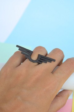 Ring Aztec wing-Donella