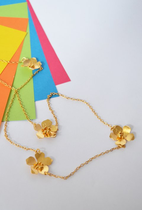 Necklace FLowers Sustainable jewelry-Lecat - online store