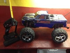 Automodelo pick-up t-maxx 3.3 traxxas