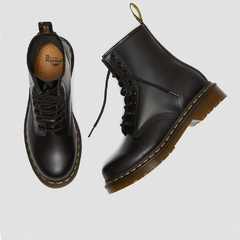 Dr Martens 1460W 8 Eye Boots Black Smooth (B9501) 00 - Nosepick