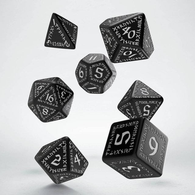 Set de 7 dados Q-Workshop Runic Black & White