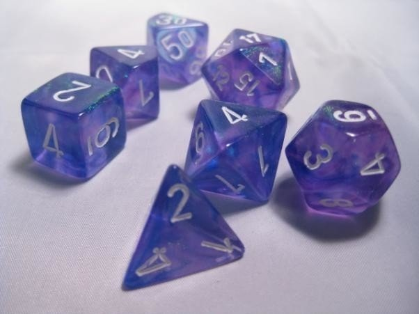 Set de 7 Dados Chessex Borealis Purple/White - tienda online