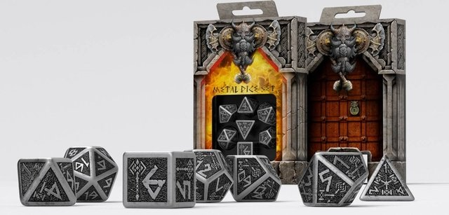 Set de 7 Dados Q-Workshop Dwarven Metal & Black - comprar online