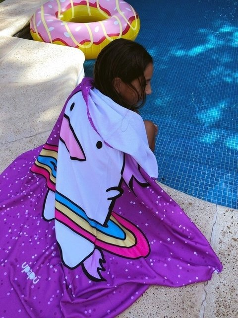TOALLA  ESTAMPADO BORN UNICORN en internet