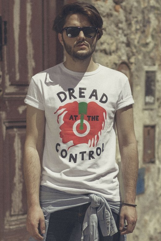 REMERA JOE STRUMMER / THE CLASH - DREAD AT THE CONTROL (STR025) - comprar online