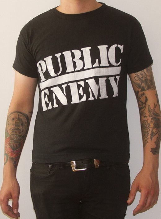 REMERA JOHN CONNOR - PUBLIC ENEMY (STR014)