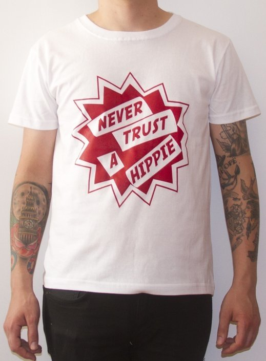 REMERA PAUL COOK - NEVER TRUST A HIPPIE (STR011) - comprar online