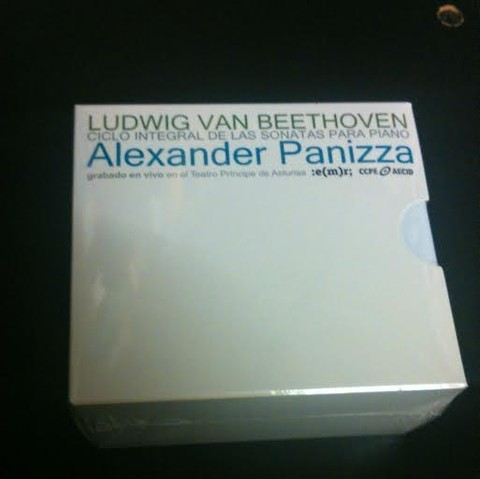 Alexander Panizza - Beethoven: Las sonatas para piano ( Box set 12 CDs )