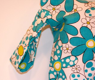 Daisies and Dots - Turquoise Blue en internet