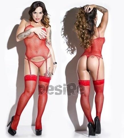 image Medias de red y tanga rosa