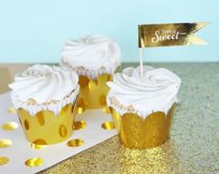 Saia para cupcake lisa dourada c/ 10 unids