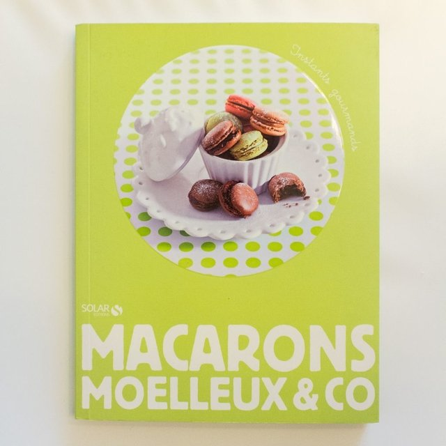 MACARONS MOELLEUX & CO