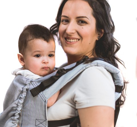 Mochila ajustable de estandar a toddler (rayada)