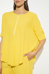 Blusa Louise amarillo en internet