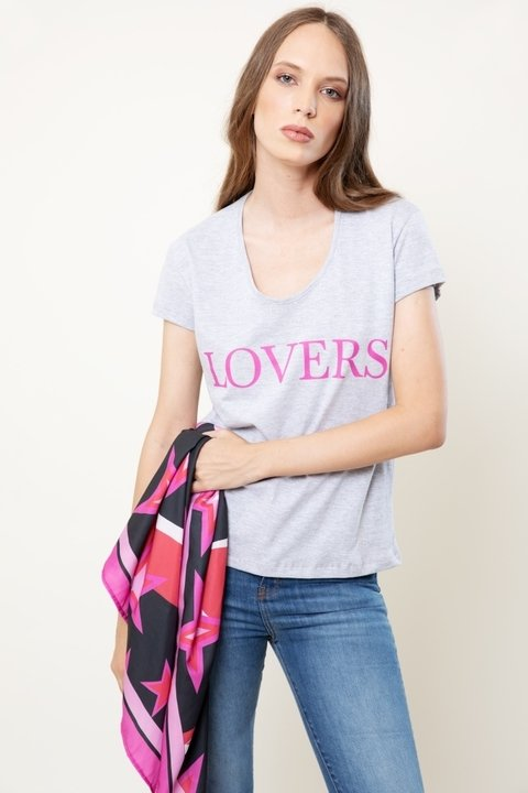 Remera Lovers gris