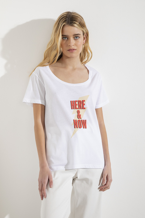 Remera Here & Now