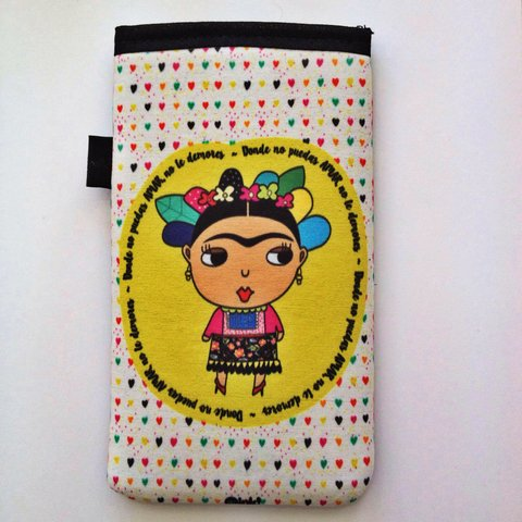 Funda de Celu Frida Corazon
