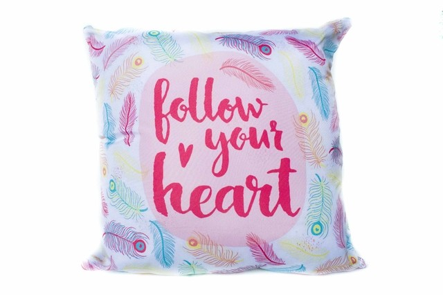Almohadon 45x45 Follow your Heart