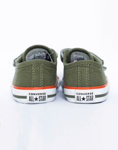 TENIS CHUCK TAYLOR ALL STAR BORDER 2V VERDE MUSGO na internet