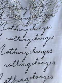 Remera Nothing Changes  - comprar online