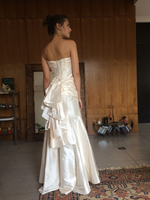 HARRIET DE PRAG Vestido Off-white