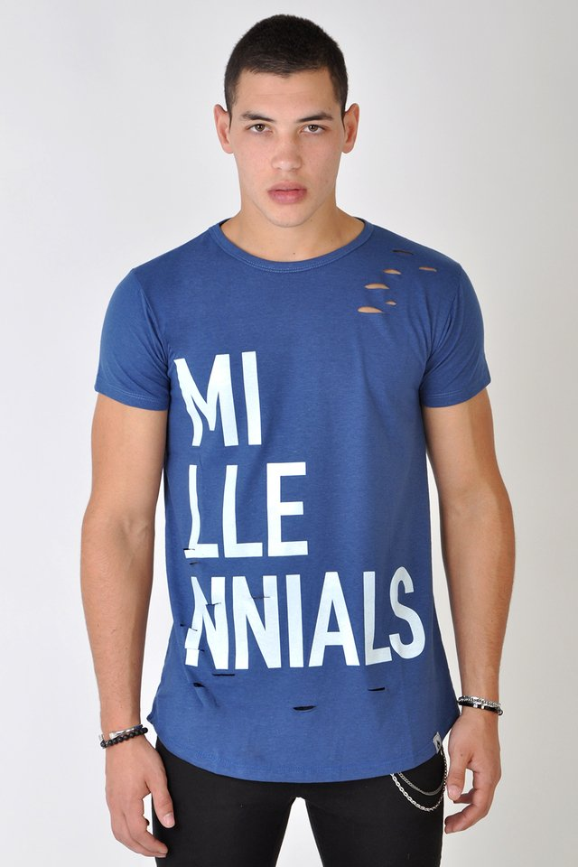 Remerón long fit azul con estampa