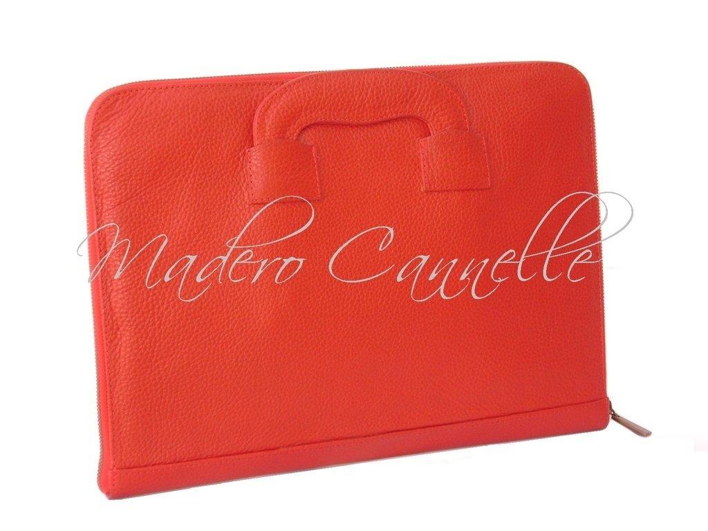 caec5690c Carpetero de cuero con cierre y manijas desplegables (art.502)