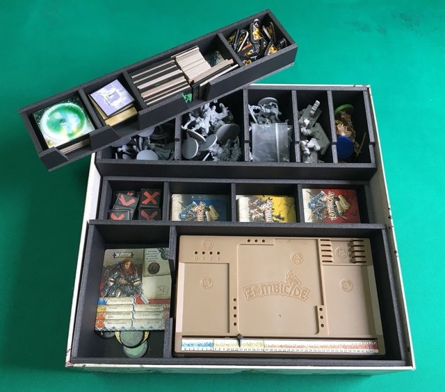 Insert/ Organizador para o Zombicide Black Plague - Pittas Board Games