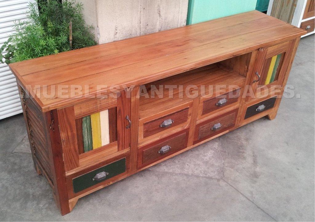 Mueble para tv de dise o realizado en madera maciza tv101m for Mueble tv madera maciza