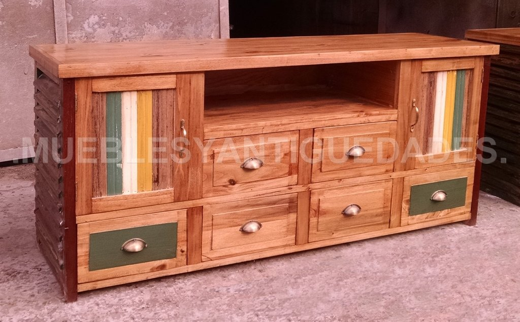 Mueble para tv de dise o realizado en madera maciza tv103m - Diseno de muebles de madera ...