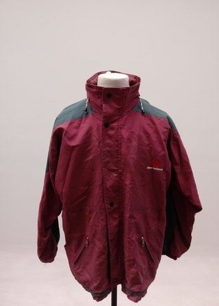 CAMPERA ROMPEVIENTO VINTAGE NEW BALANCE SEMIIMPERMEABLE T. M (USADO)