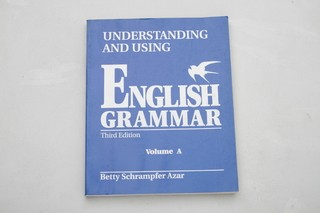 ENGLISH GRAMMAR VOLUMEN A – B. AZAR (USADO)