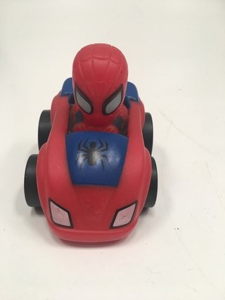 AUTITO SPIDERMAN 7x8,5x9 CM MARVEL KIDS 2012 (USADO)