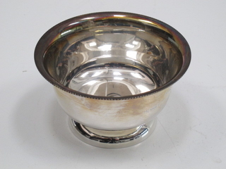 ANTIGUO BOWL CON PIE CARBAJAL PLATEROS (USADO)