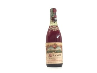 ANTIGUA BOTELLA LLENA VINO MACON 1967
