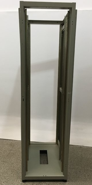 RACK TÉCNICO DE PIE QUALITY TECH 213,5CM ALTO (USADO)