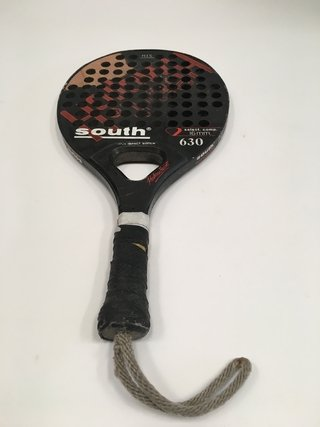 PALETA DE PADEL PADDLE SOUTH MID WIDE 630 16MM HIS (USADO)