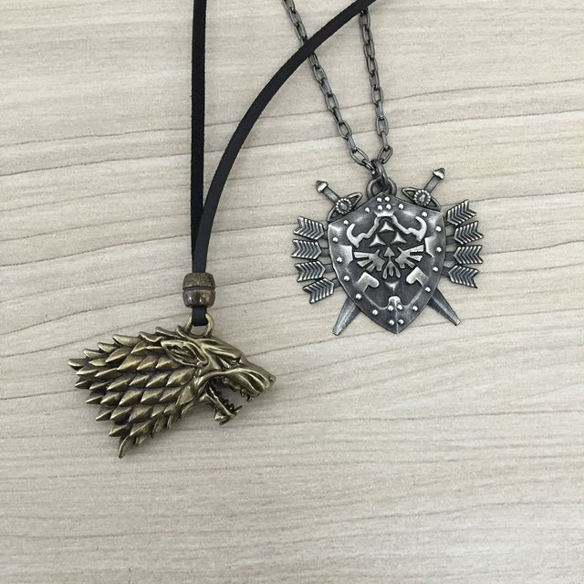 Colar Masculino Couro Game Of Thrones Escudo Legend Of Zelda - comprar online