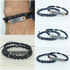 Kit 2 Pulseiras Masculinas Keep Walking Continue Caminhando