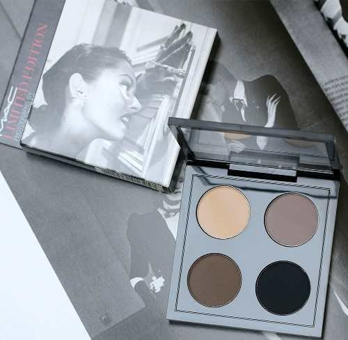 MAC Paleta De Sombra Matte Photographs By Helmut Newton