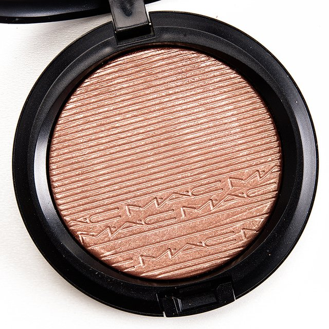 MAC Iluminador Extra Dimension Skinfinish Superb - comprar online