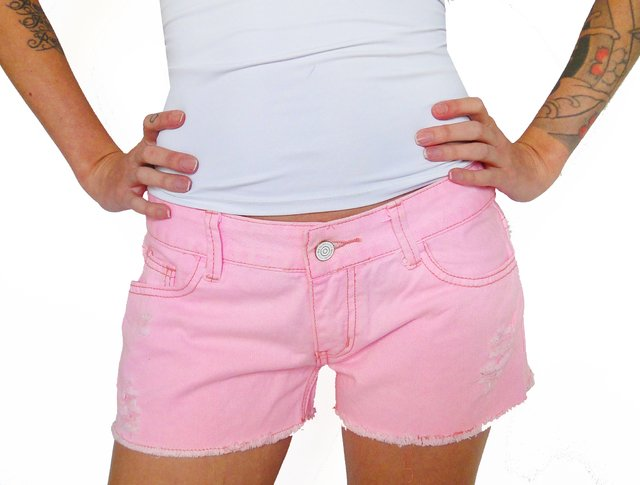 Shorts Jeans Com Patches De Unicórnio na internet