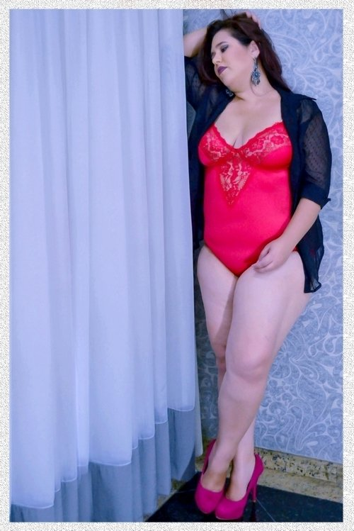 Body Plus size  Clara Liso na internet