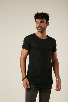 Remera Long Fit Negro en internet