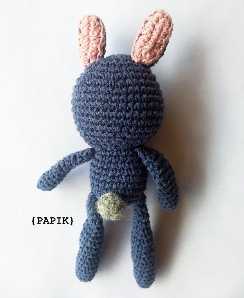 Peluche de crochet conejita de orejas largas - Amigurumi | 1024x841