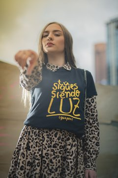 Luz T-Shirt Mujer