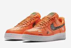 "NIKE AIR FORCE 1 LOW ""JUST DO IT"" ORANGE - MEN'S"