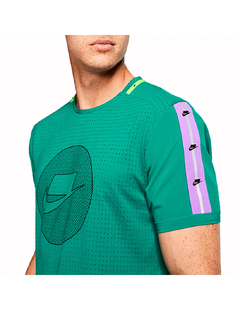 "NIKE NSW DRI FIT NK ""WILD RUN"" TOP TEE GREEN - MEN'S - LoDeJim"