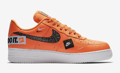 "NIKE AIR FORCE 1 LOW ""JUST DO IT"" ORANGE - MEN'S en internet"